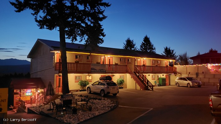 12 Unit Motel with Restaurant